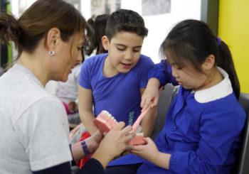 Un laboratorio per i più piccoli: giocando impariamo a prenderci cura della nostra bocca!